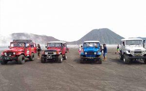Sewa Jeep Ke Gunung Bromo