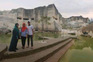 Percutian Surabaya 4 Hari 3 Malam – Dila Rasol