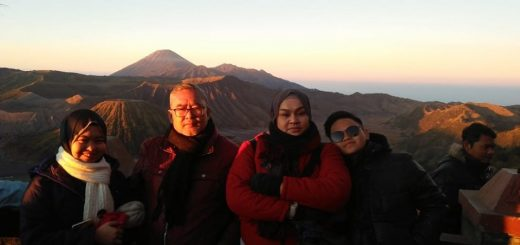 Pakej Percutian Bromo Surabaya City Tour